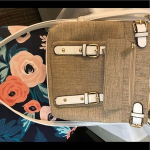 Handbags - New tan and white sling bag